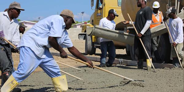 Haiti_workers